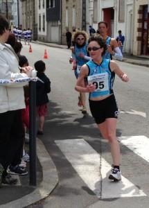 Tiffany KERHERVE à la pointe de l'équipe 2 TC Quimper F